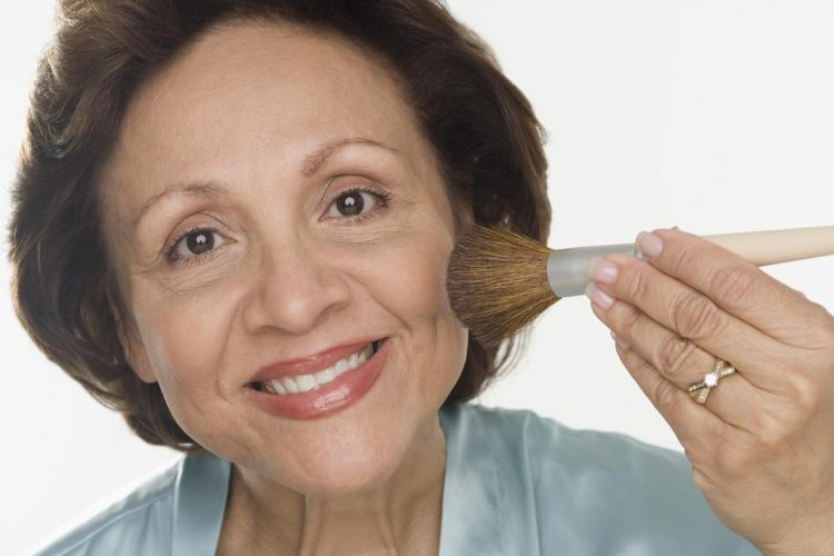 Maquillaje antiedad. ¿Cómo hacer un maquillaje rejuvenecedor?